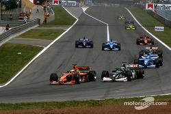 Эдди Ирвайн и Йос Ферстаппен. ГП Испании, Воскресная гонка.