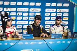 Felix Rosenqvist, Mahindra Racing, Jean-Eric Vergne, Techeetah, y José María López, DS Virgin Racing, en la conferencia de prensa