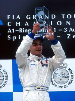 Ganador de la carrera, Juan Pablo Montoya, RSM Marko
