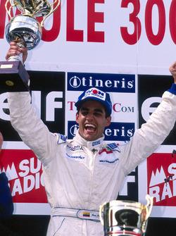 Podio: il vincitore della gara Juan Pablo Montoya, RSM Marko