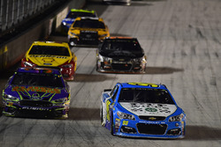 Michael McDowell, Leavine Family Racing Chevrolet, David Ragan, Front Row Motorsports Ford