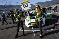 Gridgirls für Stewart Lines, Maximum Motorpsort Ford Focus