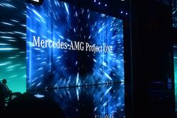 Презентація Mercedes-AMG Project One
