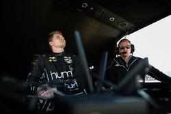 Josef Newgarden, Team Penske Chevrolet and engineer