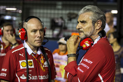 Maurizio Arrivabene, Ferrari Team Principal and Jock Clear, Ferrari Chief Engineer