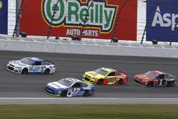 Ricky Stenhouse Jr., Roush Fenway Racing Ford, Chris Buescher, JTG Daugherty Racing Chevrolet