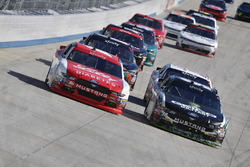 Ryan Reed, Roush Fenway Racing Ford, Casey Mears, Biagi-DenBeste Racing Ford