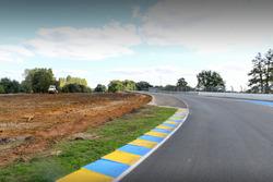 Le Mans, modifiche alla curva Porsche