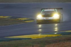 #28 Alegra Motorsports Porsche 911 GT3 R: Daniel Morad, Michael Christensen, Michael de Quesada