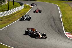 Daniel Ricciardo, Red Bull Racing RB13, Valtteri Bottas, Mercedes AMG F1 W08, Sebastian Vettel, Ferrari SF70H