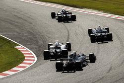 Nico Hulkenberg, Renault Sport F1 Team RS17, Kevin Magnussen, Haas F1 Team VF-17, Lance Stroll, Williams FW40, Romain Grosjean, Haas F1 Team VF-17