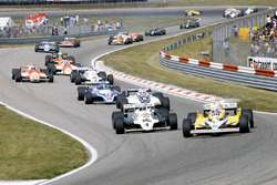 René Arnoux, Renault RE30 leads Alan Jones, Williams FW07C-Ford Cosworth, Nelson Piquet Brabham, BT49C-Ford Cosworth, Jacques Laffite, Ligier JS17-Matra