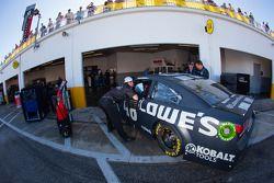 Jimmie Johnson, Hendrick Motorsports Chevrolet with crew chief Chad Knaus