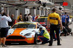#140 Gulf Racing Middle East Aston Martin Vantage V8: John Iossifidis, Martin Baerschmidt, Nigel Far