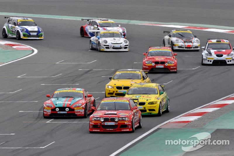 #77 DUWO Racing BMW M3: Frederic Schmit, Nicolas Schmit, Thierry Chkondali, Julien Quinonero, Yusif Bassil