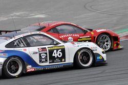#46 Bliss Autosport Porsche 997 Cup: Oliver Bliss, Harald Schlotter, Roland Poulsen, Philipp Schnyde