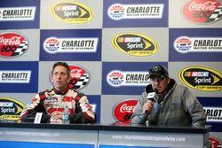 Greg Biffle, Roush Fenway Racing Ford and Martin Truex Jr., Michael Waltrip Racing Toyota