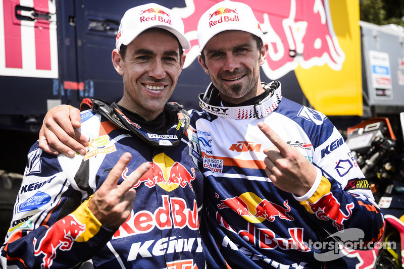 Cyril Despres, winnaar bij de motoren en de 2e plaats voor Ruben Faria