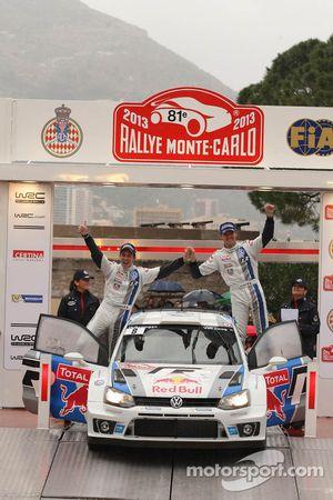 Podium: Sébastien Ogier et Julien Ingrassia, Volkswagen Motorsport