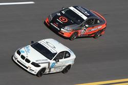 #63 Mitchum Motorsports BMW 128i: Johnny Kanavas, Joseph Safina e #75 Compass360 Racing Honda Civic