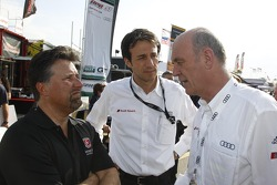 Michael Andretti se encontra Dr. Wolfgang Ullrich, Chefe do Audis Motorsport