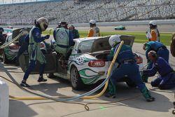 Driver change for #25 Freedom Autosport Mazda MX-5: Tom Long, Derek Whitis