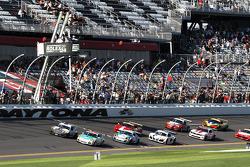 GT largada: #32 Konrad Motorsport/Orbit Porsche GT3: Michael Christensen, Christian Englehart, Nick