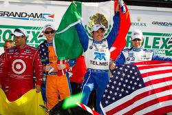 Vencedores na DP: Charlie Kimball, Juan Pablo Montoya, Memo Rojas e Scott Pruett comemoram