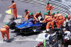 La Prost Peugeot accidentée de Nick Heidfeld