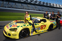 Adoráveis Vehicle Technologies Dodge Viper girls