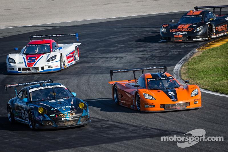 #68 TRG Porsche GT3: Brad Lewis, Jim Michaelian, Ronald Vandelaar, Ivo Breukers, #3 8 Star Motorspor
