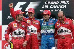 Podio: il vincitore della gara Michael Schumacher, il secondo classificato Rubens Barrichello, il terzo classificato Giancarlo Fisichella