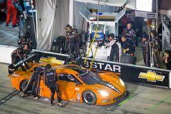 Pitstop voor #3 8 Star Motorsports Corvette DP: Anthony Davidson, Pedro Lamy, Nicolas Minassian, Enz