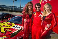 ensaio com #24 Auto Gallery Ferrari 458: Carlos Kauffmann e the MOMO girls