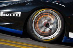 Disco incandescente de freio no #85 Auto Gallery Ferrari 458: John Farano