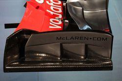 McLaren MP4-28 ön kanat detay