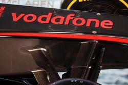 McLaren MP4-28 front suspension detay