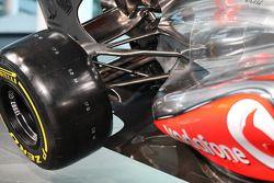McLaren MP4-28 rear suspension