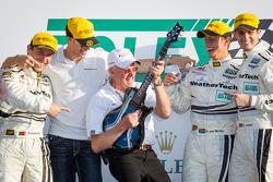 GT pódio: vencedores da classe: Filipe Albuquerque, Oliver Jarvis, Edoardo Mortara, Dion von Moltke