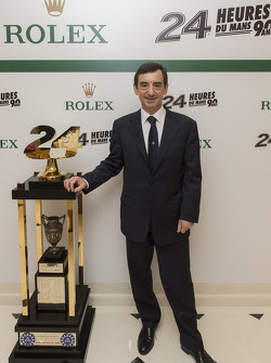 Pierre Fillon, president of the ACO with the 24 Hours of Le Mans trophy