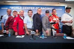 Press conference: David Hobbs, Elliott Forbes-Robinson, Hurley Haywood, Joie Chitwood, Max Papis