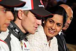 Нико Хюлькенберг и Эстебан Гутьеррес. Презентация Sauber F1 Team C32, Презентация.
