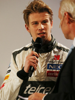 Нико Хюлькенберг. Презентация Sauber F1 Team C32, Презентация.
