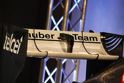 Sauber C32: Heckflügel