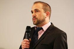 Matt Morris, Chefdesigner