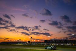 #68 TRG Porsche GT3: Brad Lewis, Jim Michaelian, Ronald Vandelaar, Ivo Breukers