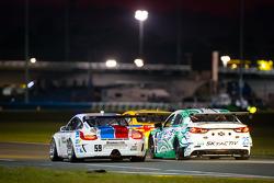 #59 Brumos Racing Porsche GT3: Andrew Davis, Leh Keen, Marc Lieb, Bryan Sellers, #25 Freedom Autospo