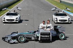 Lewis Hamilton und Nico Rosberg, Mercedes AMG F1 mit dem Mercedes AMG F1 W04