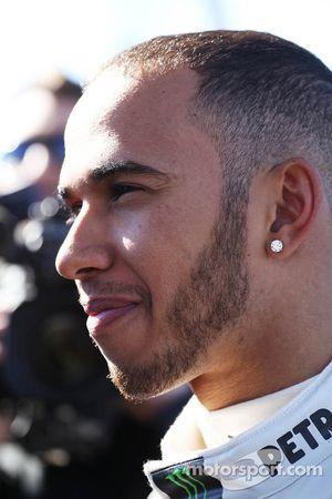 Lewis Hamilton, Mercedes AMG F1, mit der Presse