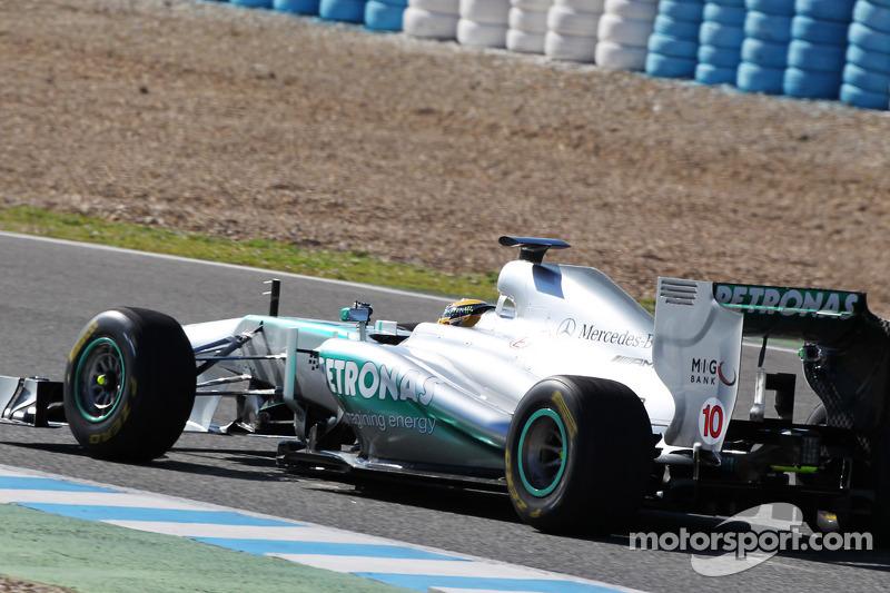 Льюис Хэмилтон. Презентация Mercedes AMG W04, Презентация.